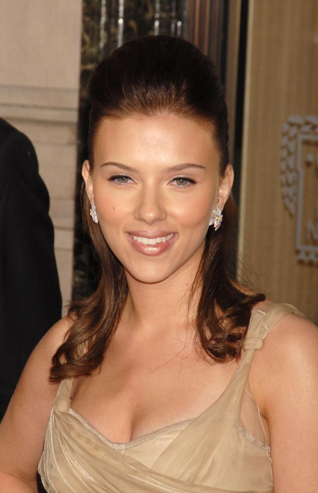 Fryzury Scarlett Johansson
