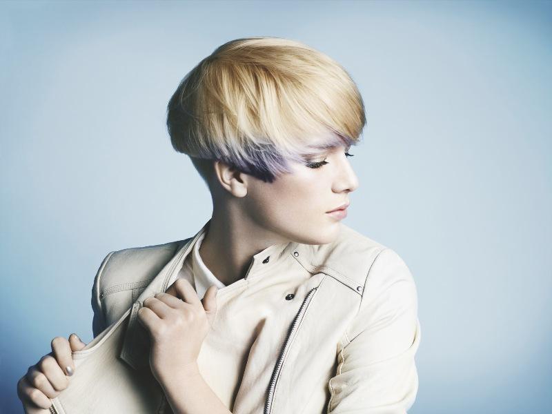 Futurystyczna fryzura i stylizacje dla krótkich włosów