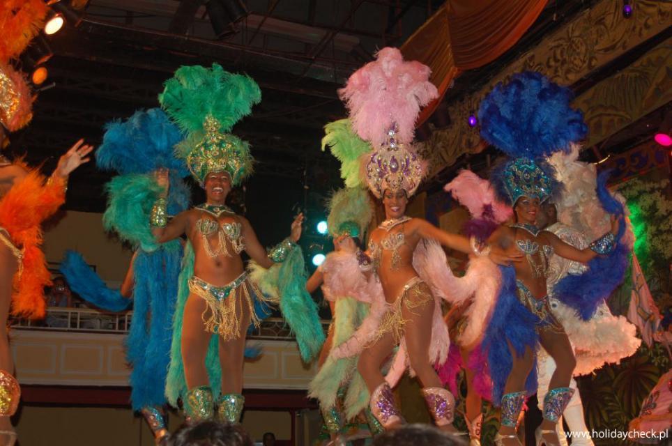 Karnawal tancerki w Rio HC.jpg