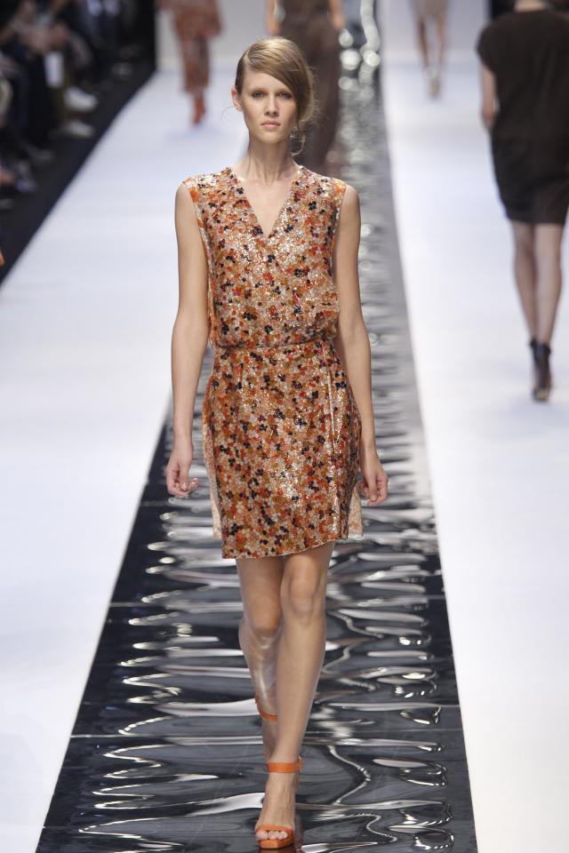 Guy Laroche, kolekcje wiosna/lato 2011, pokaz mody wiosna/lato 2011