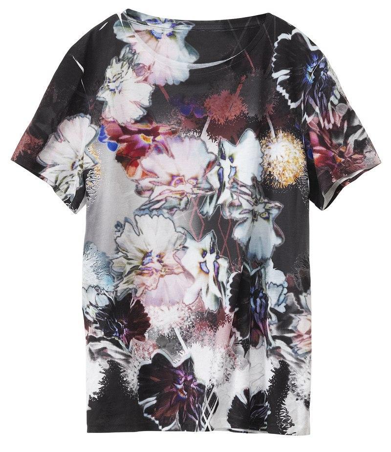 czarny t-shirt H&M ze wzorem - lato 2012