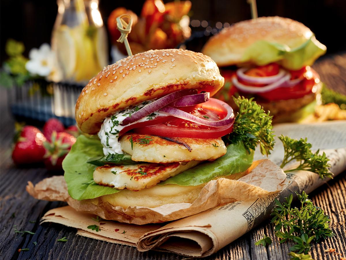 przepis na burgery z halloumi