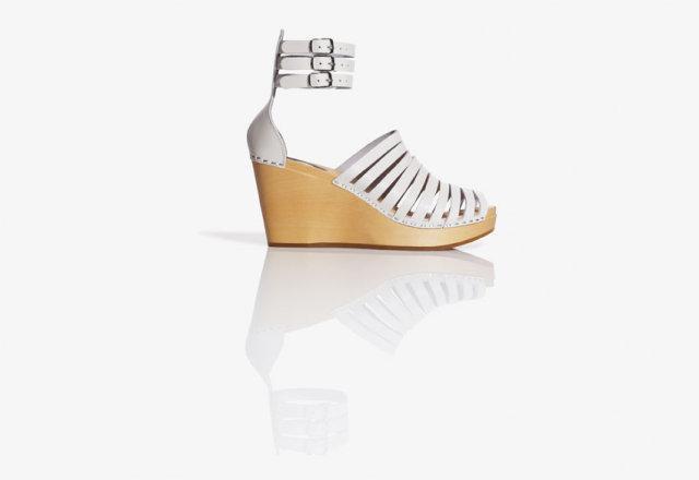 białe sandały H&M na koturnie - lato 2011