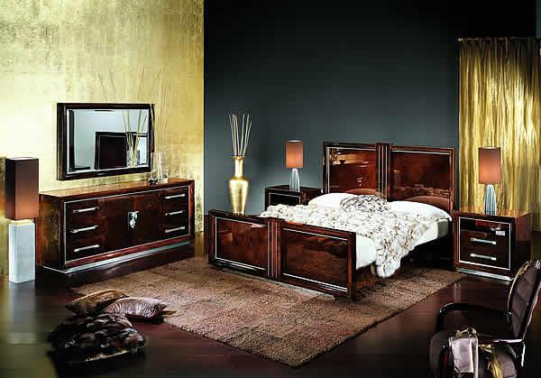 Unikatowe łóżko z drewnanią ramą -modne wnętrze 2013