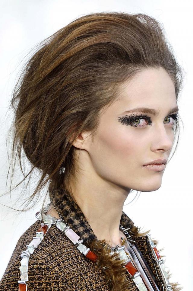 Jak Zrobić Fryzurę Z Pokazu Chanel Fryzury Zdjęcie 3 Polkipl