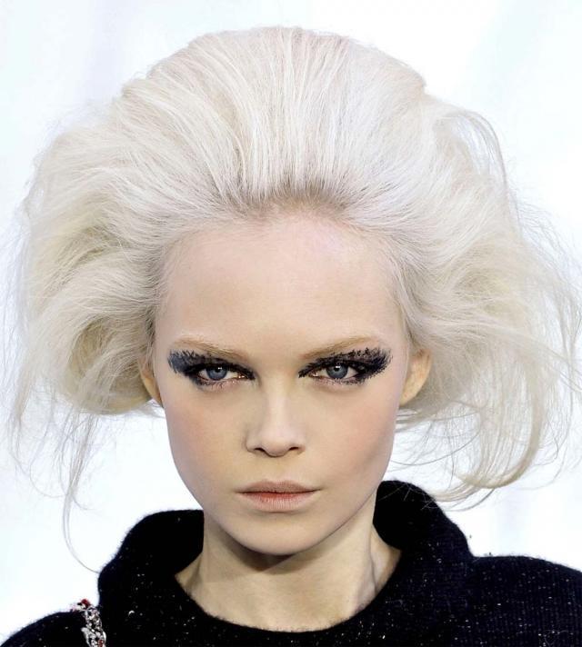 Jak Zrobić Fryzurę Z Pokazu Chanel Fryzury Polkipl