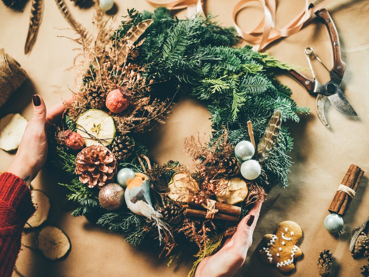 wieniec bożonarodzeniowy z żywej choinki