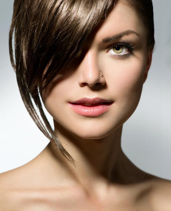 Jakie fryzury pasują do kwadratowej twarzy?