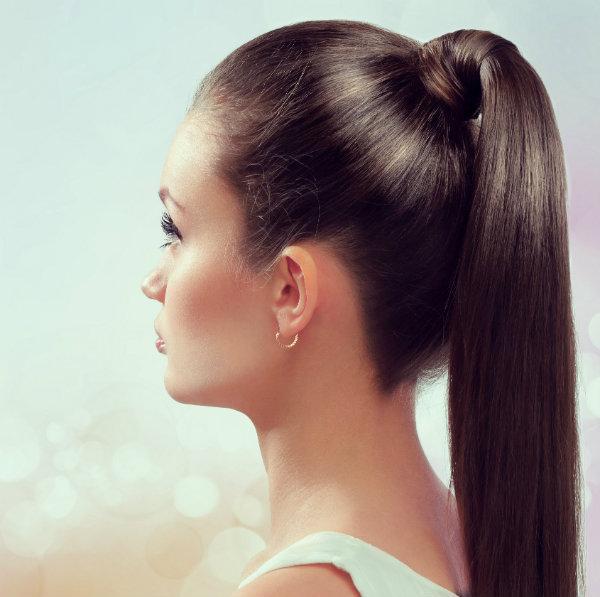 Jakie fryzury pasują do owalnej twarzy?