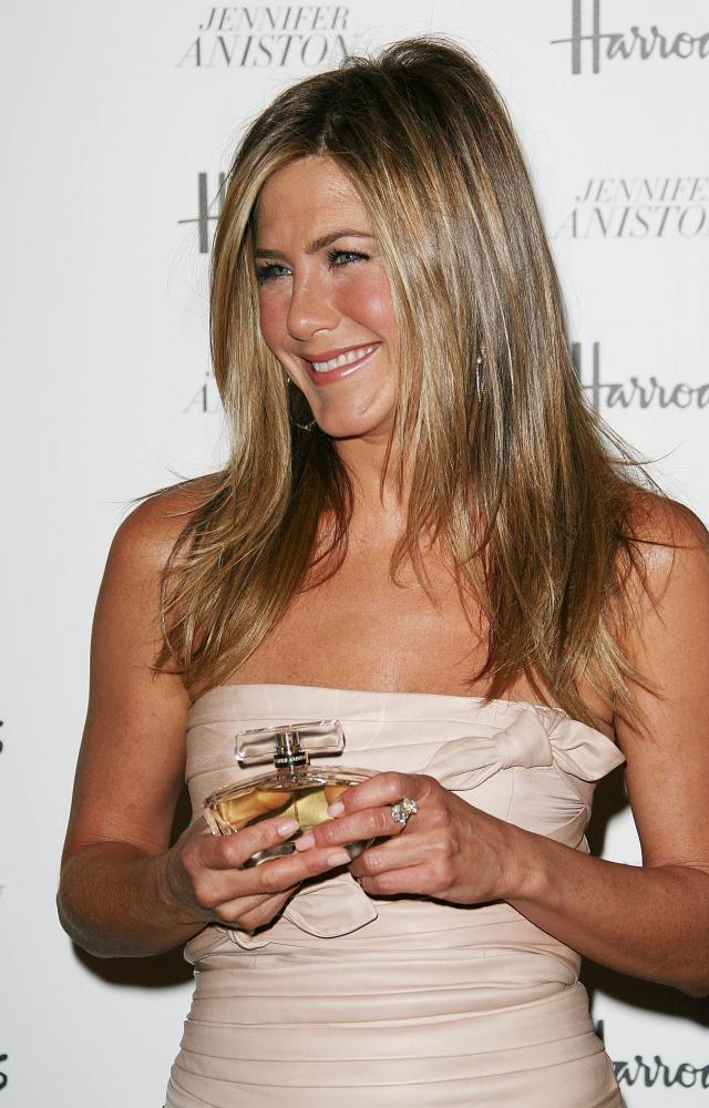 Jennifer Aniston promuje swoje perfumy w Londynie