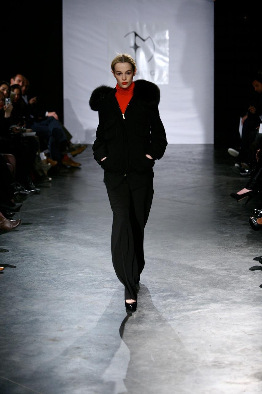 czarna kurtka Eva Minge z futerkiem - kolekcja jesienno-zimowa