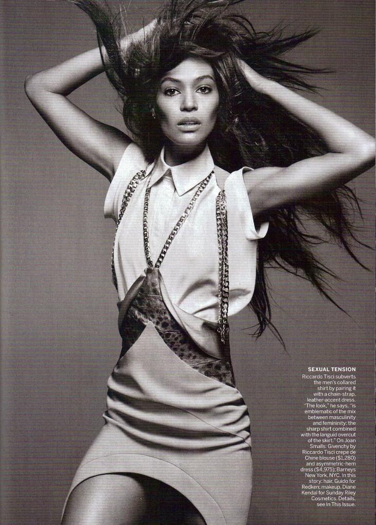 American Vogue styczeń 2012 - Joan Smalls