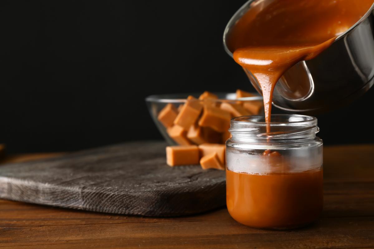 jak zrobić karmel z cukru trzcinowego