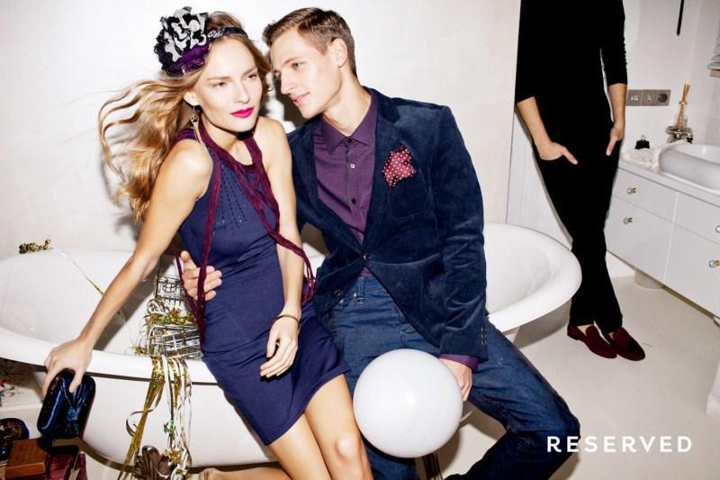 granatowa sukienka Reserved - kolekcja wieczorowa