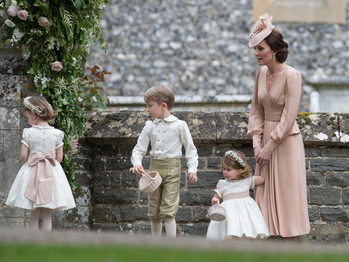Książę George nie może nosić długich spodni