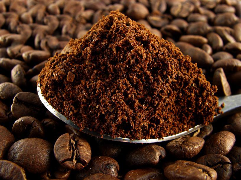 Kawa w ziarnach i mielona