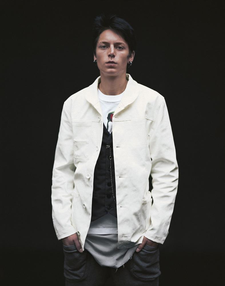 biała kurtka Adidas - moda wiosna/lato