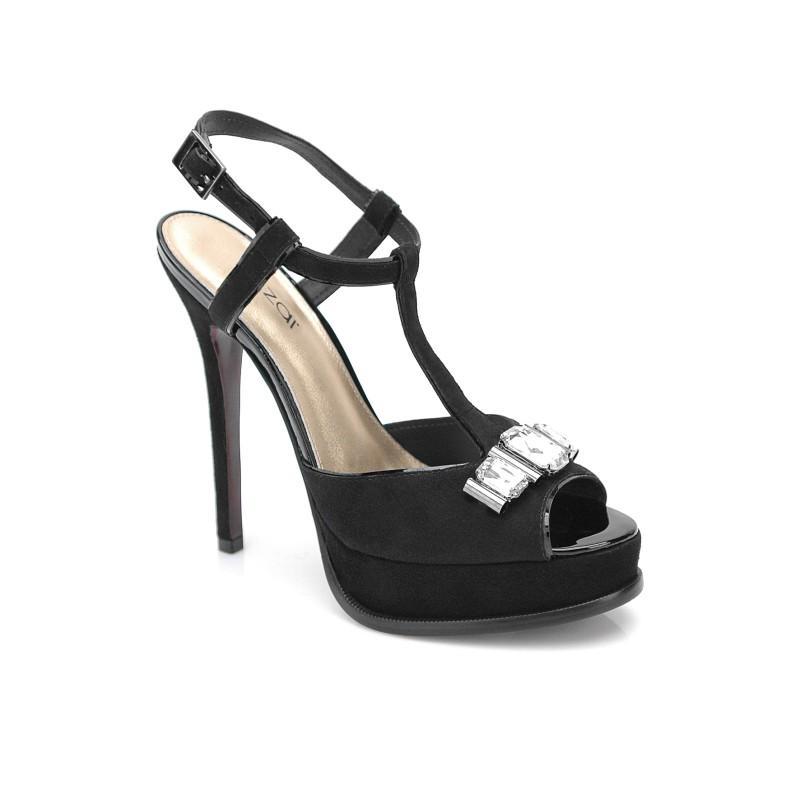 czarne sandały Kazar na szpilce - letnia kolekcja