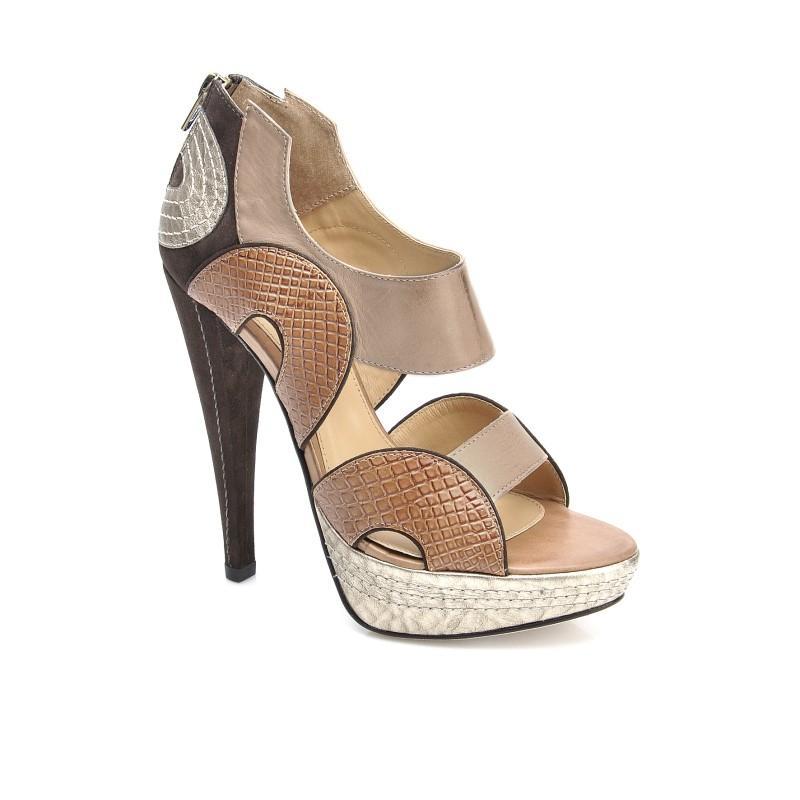 brązowe sandały Kazar - moda wiosna/lato
