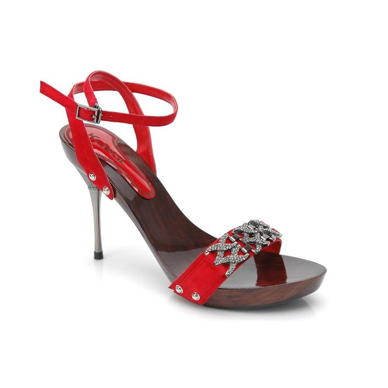 czerwone sandały Kazar na szpilce - wiosna/lato 2011