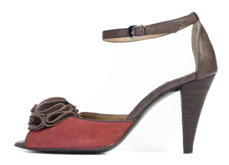 bordowe sandałki Ryłko na wysokim obcasie - moda 2011