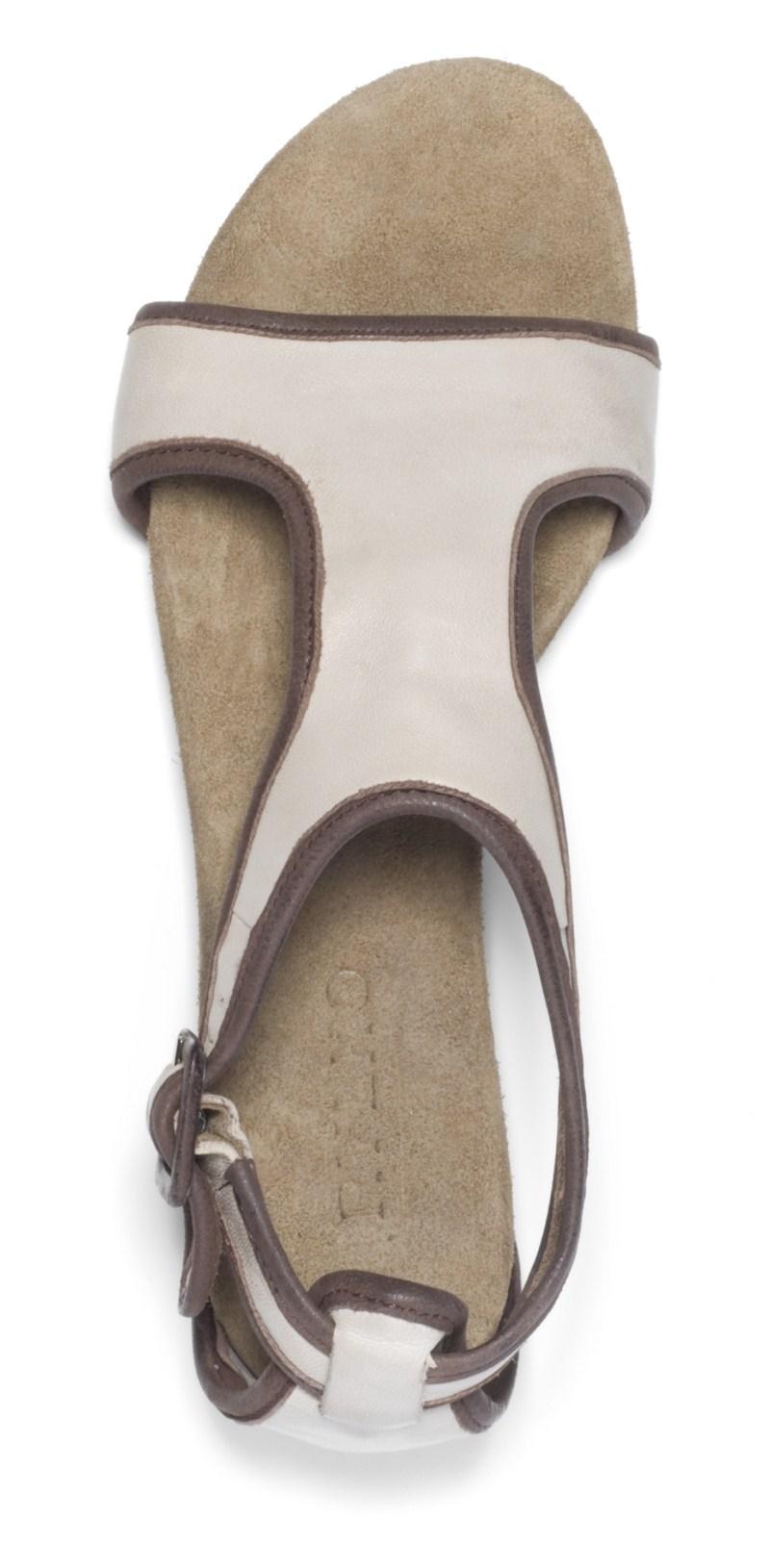 białe sandałki Ryłko - lato 2011