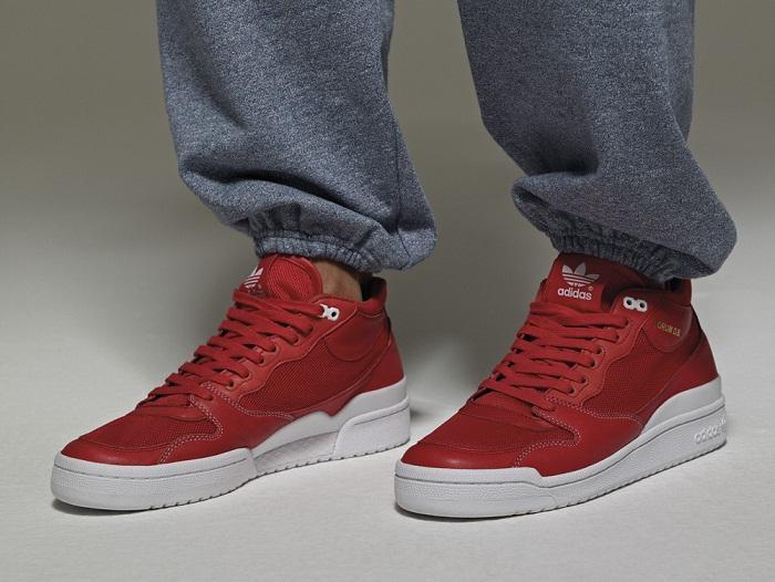 czerwone tenisówki Adidas - wiosna/lato 2011