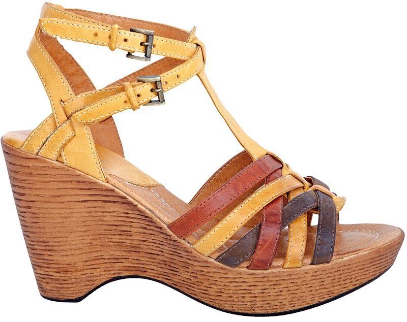 brązowe sandały Wojas - wiosna/lato 2011