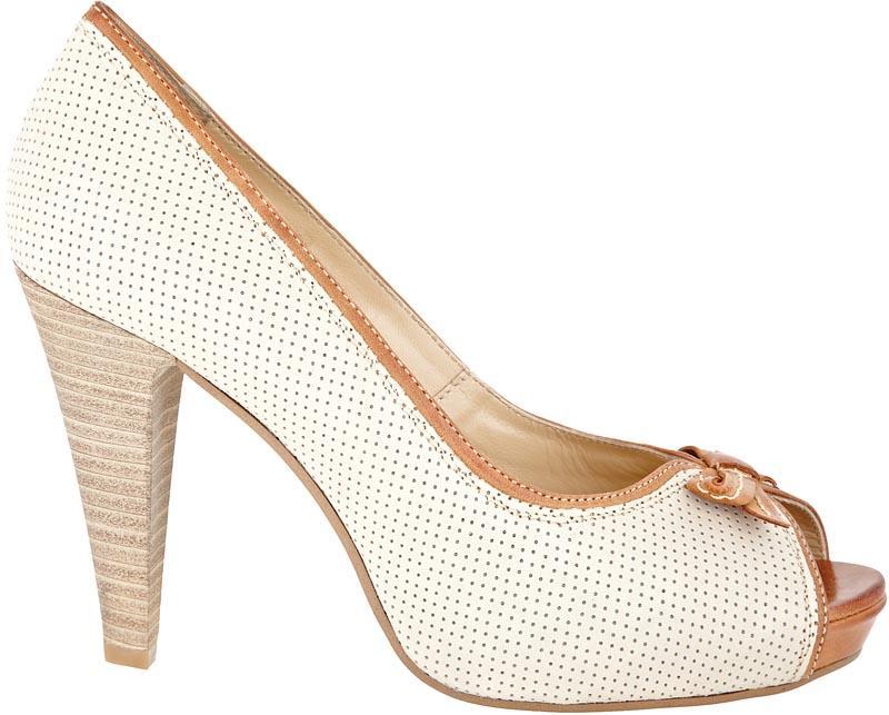 ecru pantofle Wojas - wiosna-lato 2011