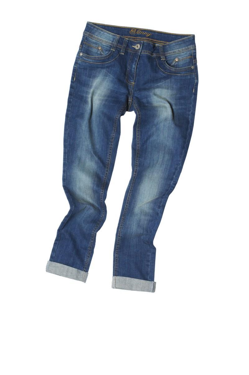 niebieskie dżinsy F&F - trendy wiosna-lato