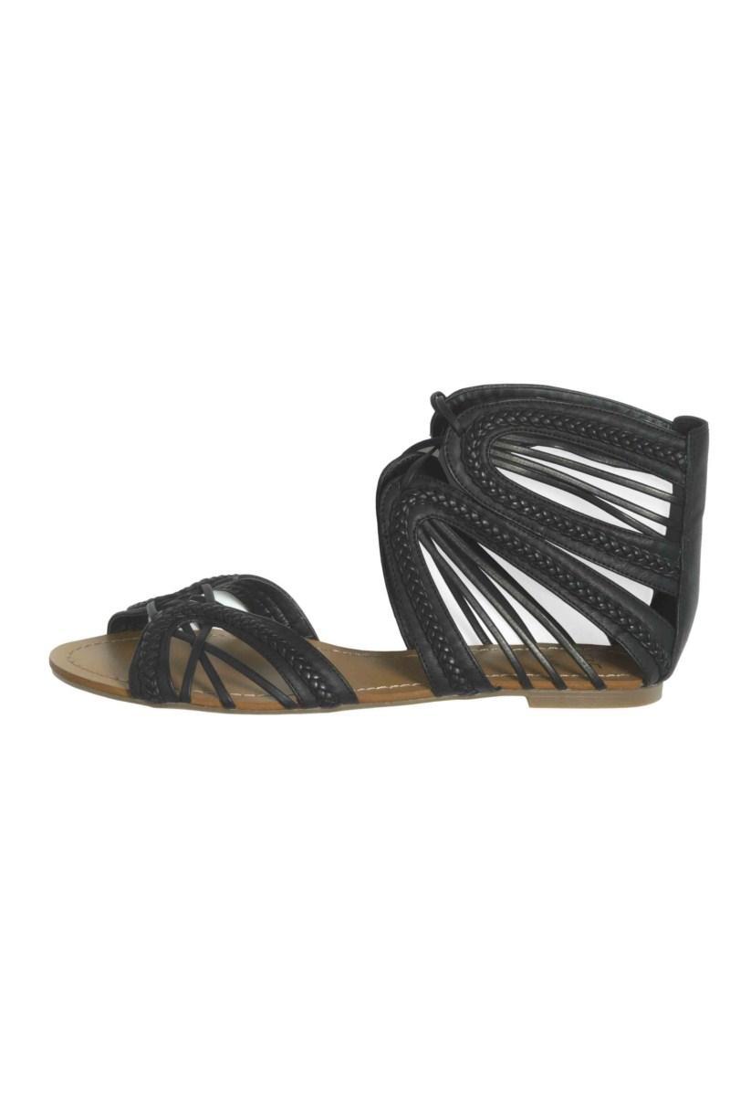 czarne sandałki F&F - z kolekcji wiosna-lato 2011