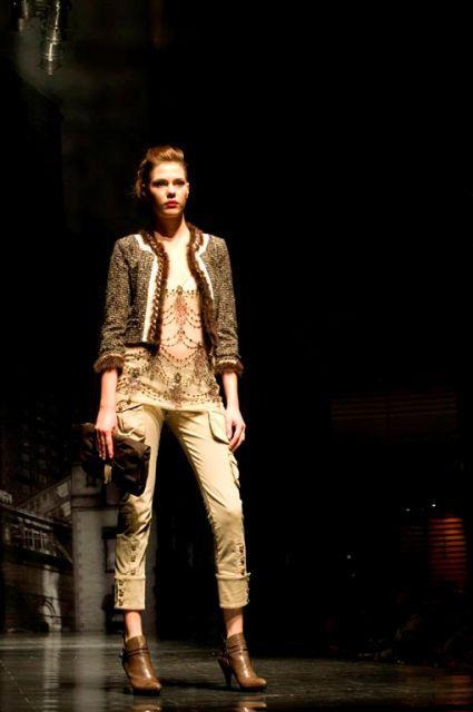 Kolekcja Elisabetta Franchi Celyn b. na Fashion Week - galeria