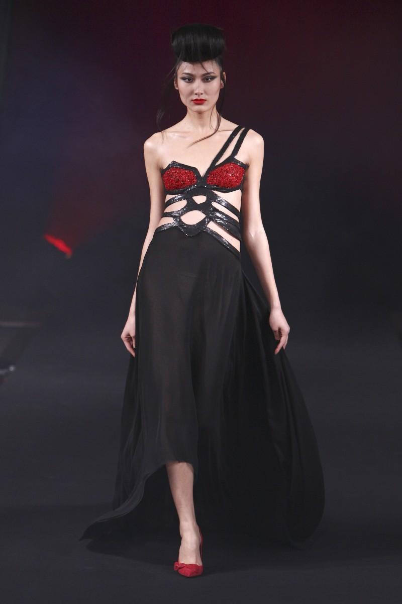 sukienka wieczorowa Eva Minge - wiosna/lato 2011