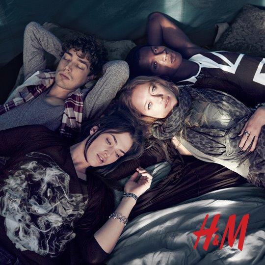 czarna bluzeczka H&M - moda festiwalowa