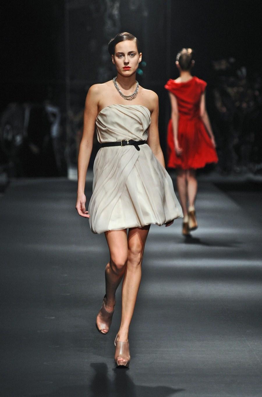 ecru sukienka Zień - wiosna/lato 2011