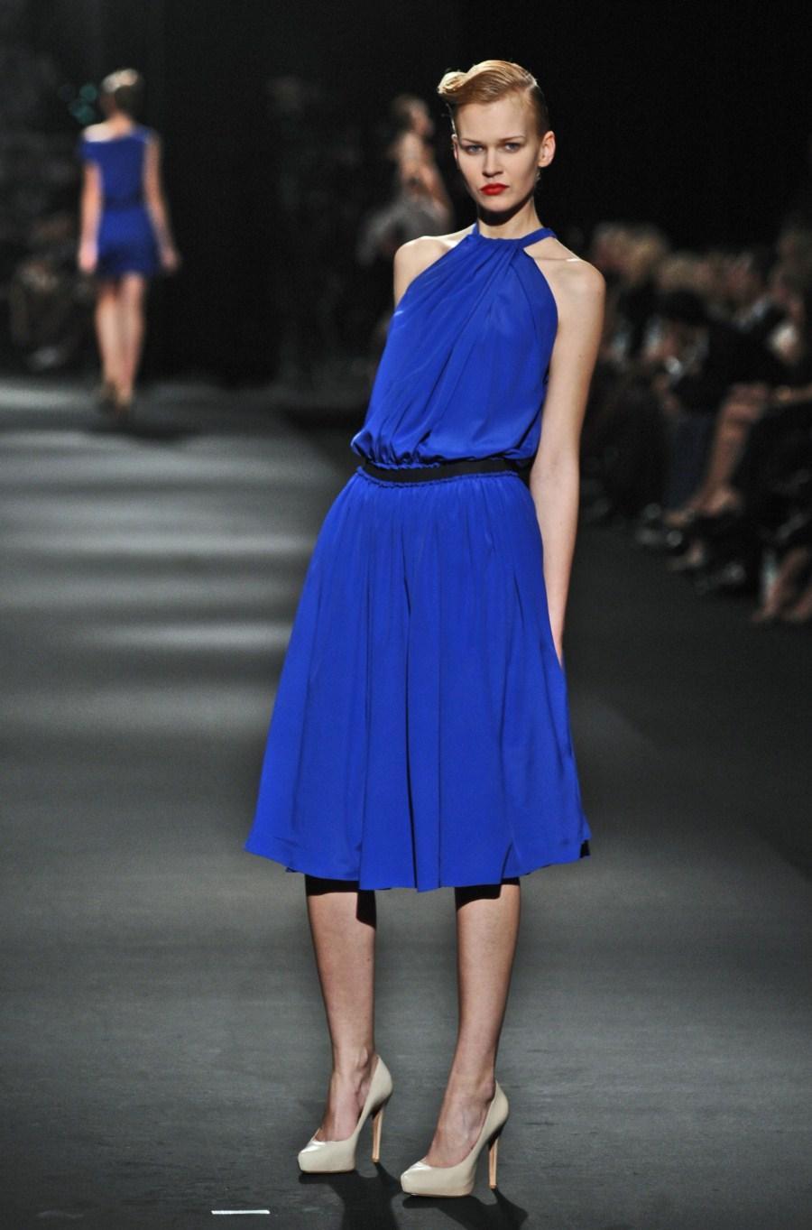 niebieska sukienka Zień - wiosna/lato 2011