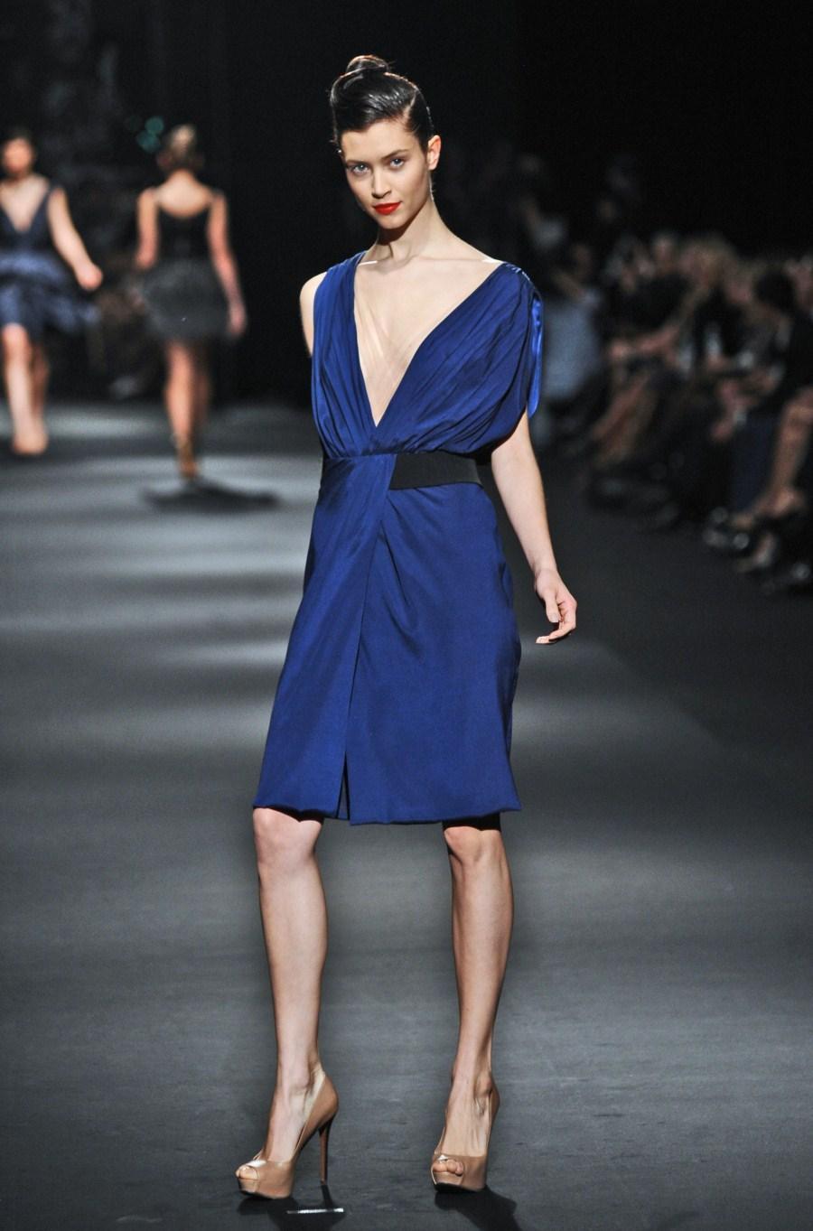 granatowa sukienka Zień - wiosna/lato 2011