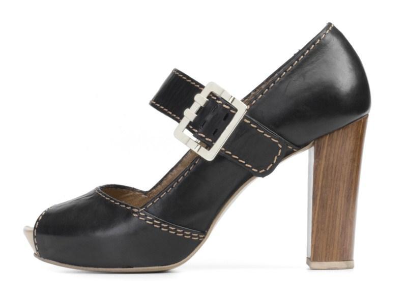 e580d21d Kolekcja obuwia damskiego Ryłko na wiosnę 2011 - Buty i torebki ...
