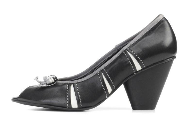 b00549e9 czarne pantofle Ryłko - kolekcja wiosenna - Kolekcja obuwia ...