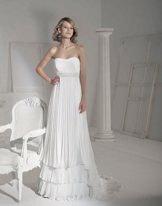 Kolekcja sukien ślubnych Fara Sposa 2009 - Zdjęcie 16