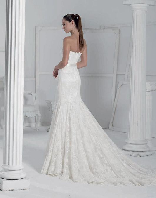 Kolekcja sukien ślubnych Fara Sposa 2009 - Zdjęcie 31