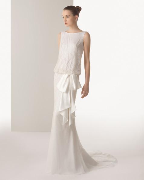 suknia ślubna Rosa Clara z kokardą z obniżoną talią