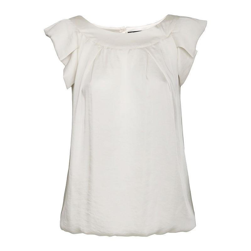 biała bluzka Pretty Girl - moda jesień/zima 2010