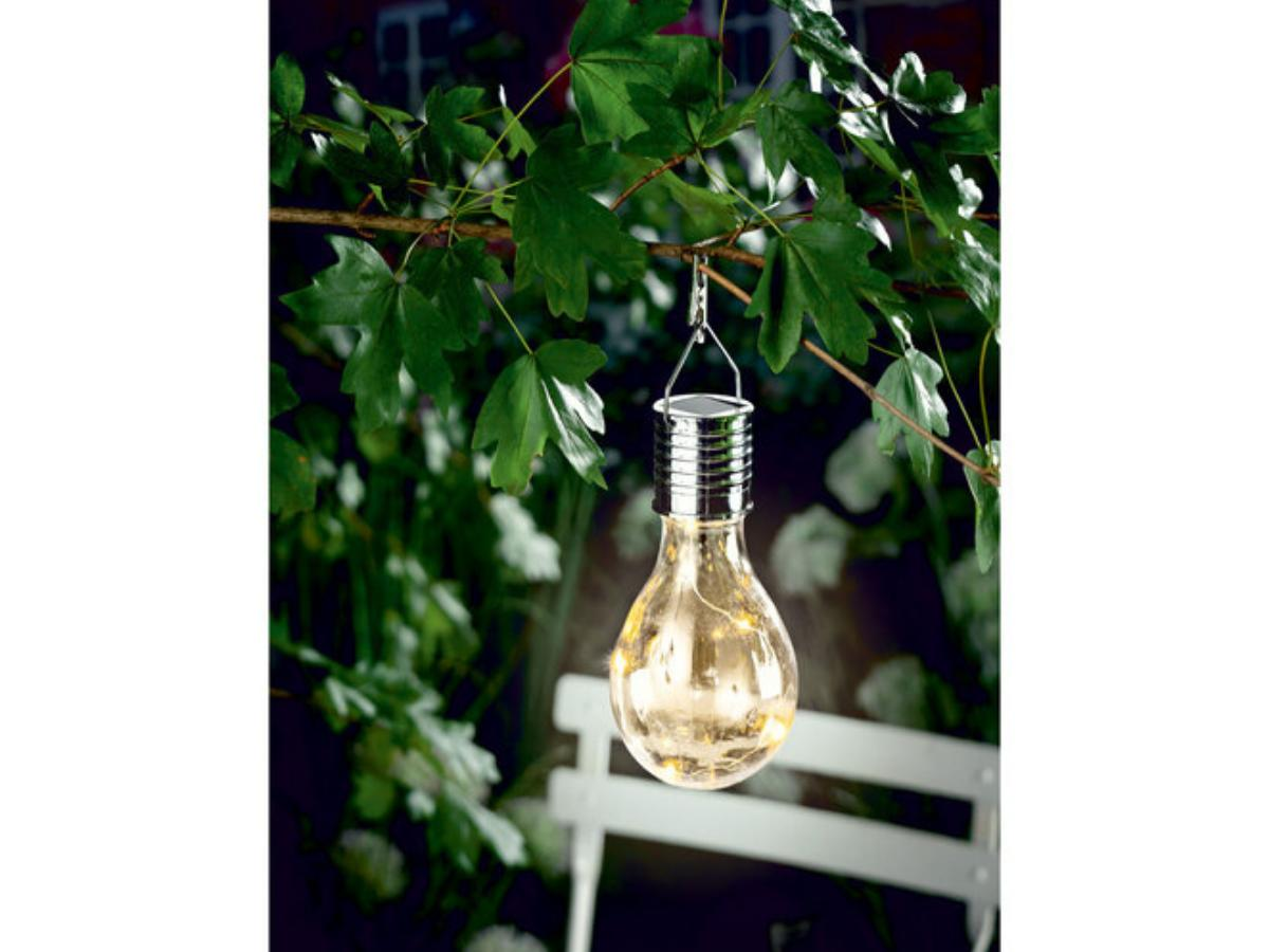 Lampa solarna Lidl - kolor ecru/ Materiały prasowe