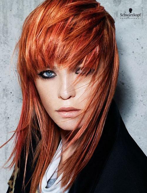 Ruda fryzura średniej długości