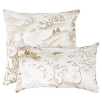 Wygodna wzorzysta poduszka w kolorze ecru -modny dom 2013