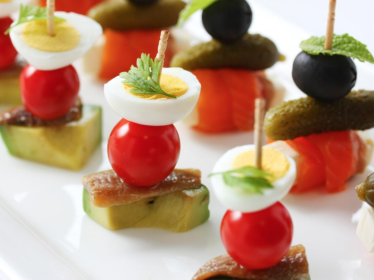 koreczki z pomidorkami