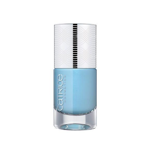 Kosmetyki w pastelowych odcieniach, które wyczarują seksowny makijaż