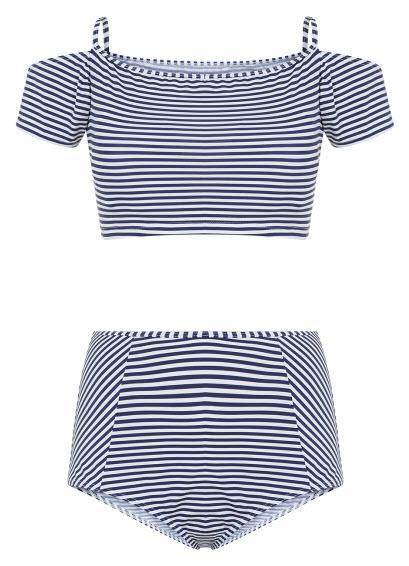 Kostiumy kąpielowe w marynarskim stylu