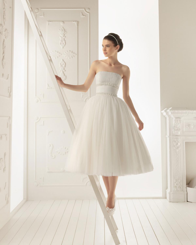 a30438baba suknia ślubna Aire Barcelona tiulowa - Krótkie suknie ślubne 3 4 ...